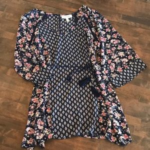 Jessica Simpson maternity blouse - size small